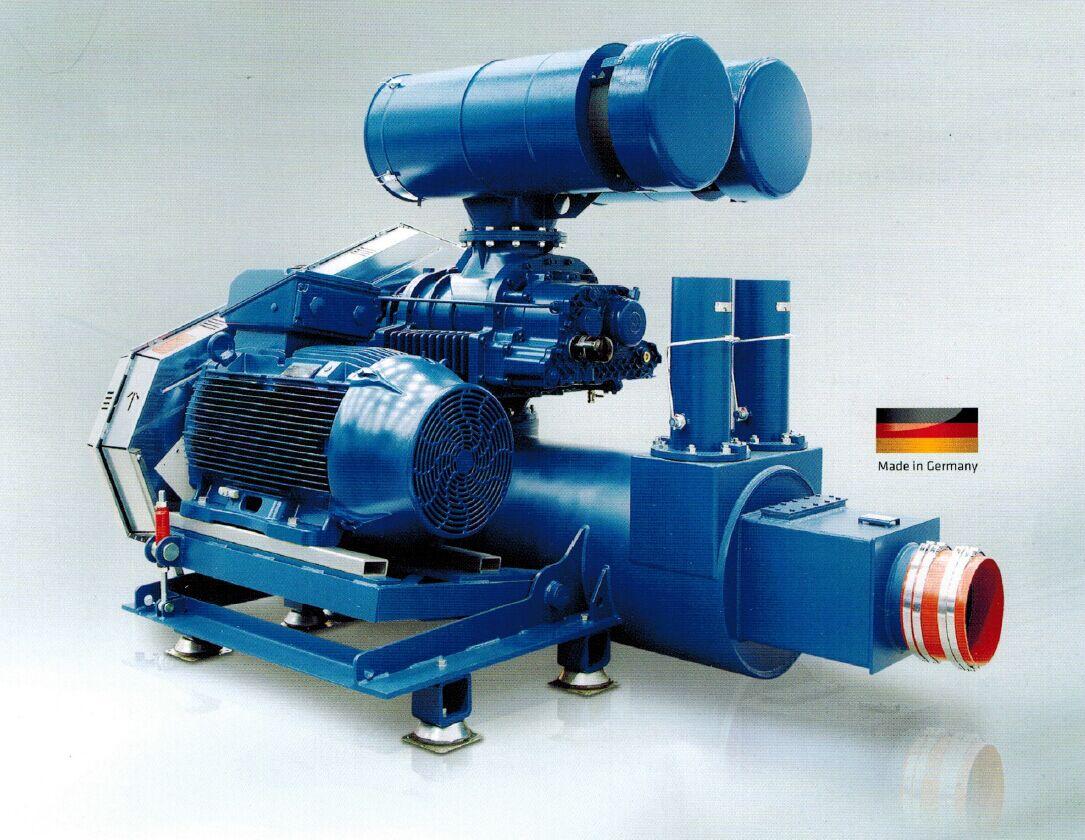 Aerzen Delta Hybrid扭叶螺杆风机是一种新型的鼓风机,其结构的设计充分结合了Delta三叶罗茨风机和Delta无油螺杆压缩机的优点和便利性,为提高特殊的压力段(600~1500mbar)的效率和降低相应成本而优化设计而成的机型。与其他气体输送机械相比,AERZEN Delta Hybrid扭叶螺杆风机是一种介于罗茨鼓风机与螺杆压缩机之间的气体压缩设备,有其独特的优点。 在Delta Hybrid扭叶螺杆式鼓风机系列中,一共分为L,S,H(产品型号末位区分)三个子系列:L系列采用罗茨风机的
